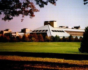 Bell Labs, one of the few industry-owned laboratories that engaged in basic scientific research flourished during an era where scientists were able to take a longer view via the support of the AT&T telephone monopoly and from the US government.  In the era after deregulation, Bell Labs like other industry based laboratories became focused more on projects with more obvious commercial applications.